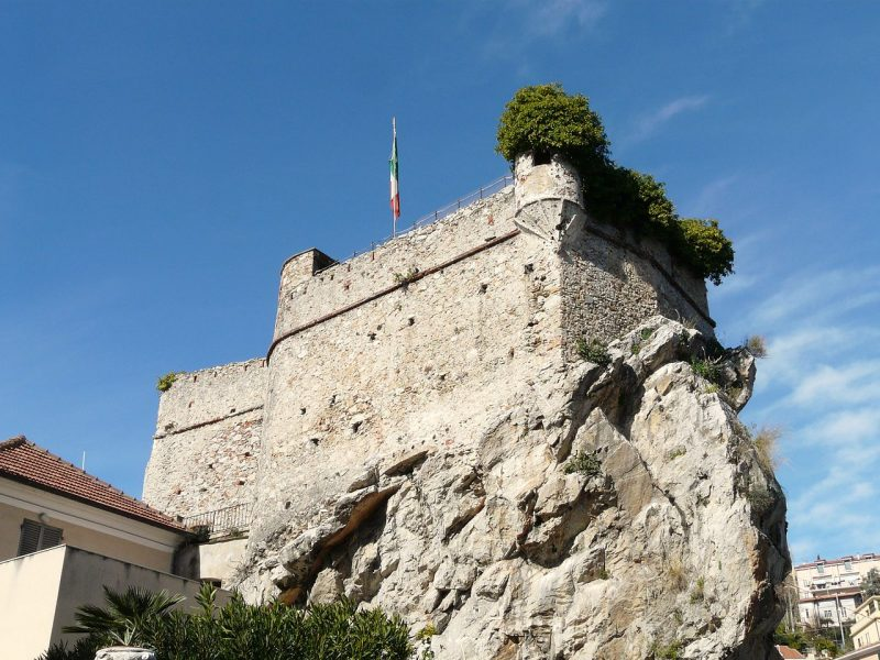 PietraLigureCastel