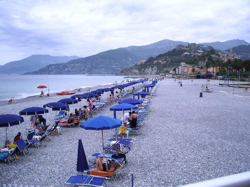 La_spiaggia_di_Ventimiglia