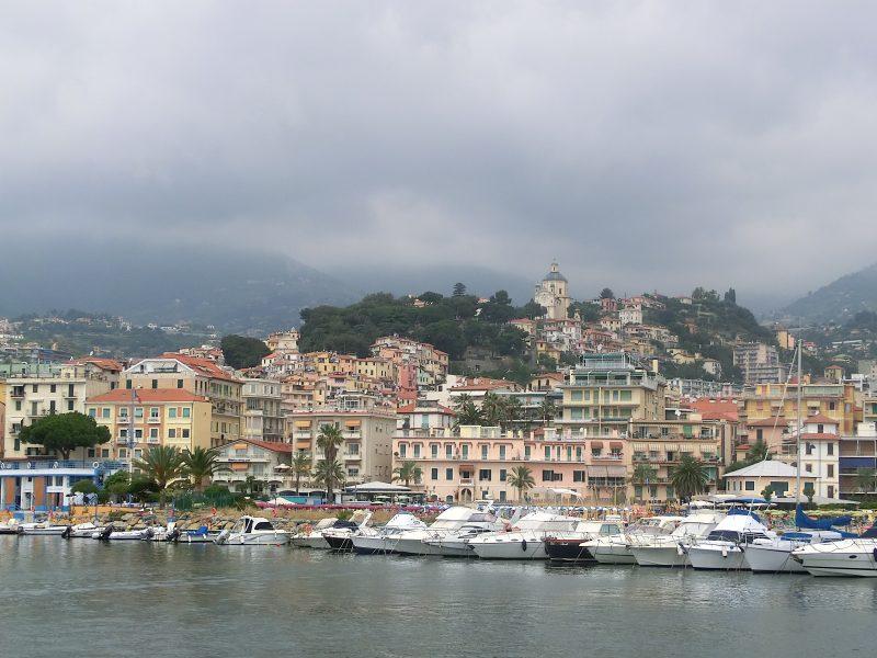 Sanremo_dal_mare