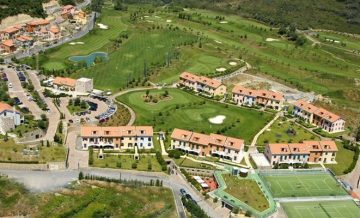 Castellaro Golf Resort - Bloemenriviera.nl