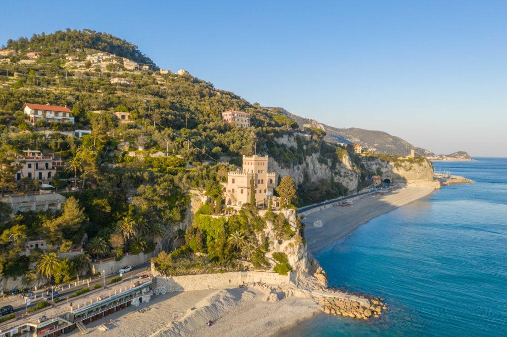 Prachtige stranden in Italië aan de Bloemenrivièra